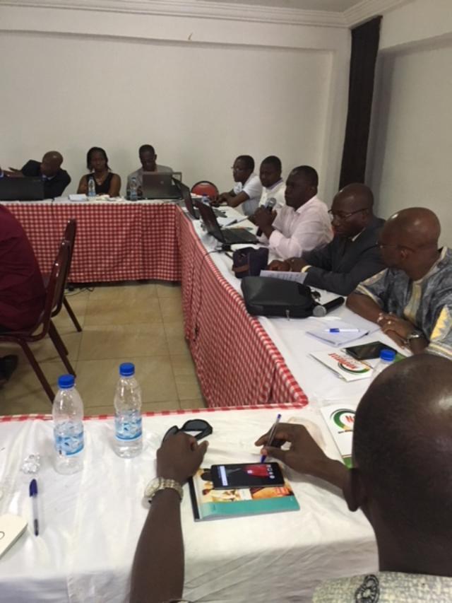Validation des PEH 5 expérimentaux  A Yamoussoukro. Séance de travail